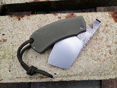 Andrzej Woronowski Custom Knives: WAR Squirrel Friction Folder