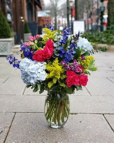Florists in Princeton - Same Day Flower Delivery by Monday Morning Flowers Same Day Flower Delivery, Flowers Delivered, Rustic Flowers, Morning Flowers, Local Florist, Monday Morning, Flower Arrangements, Beautiful Flowers, Balloons