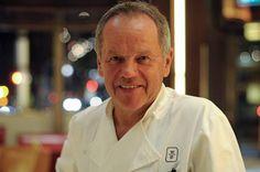 Wolfgang Puck (Spago, LA) leitet in den USA ein Gastro-Imperium. Nun ist er mit dem 'Cut' auch in London vertreten.