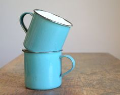 turquoise...want these mugs