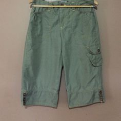 Jeanstar green capris size 10 Size 10 jeanstar capris really cute never worn 75% cotton 25% nylon Jeanstar Pants Capris
