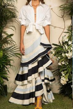 Lyst - Johanna Ortiz Lombard Street Tiered Ruffle Skirt in Blue Fashion 2017, Look Fashion, High Fashion, Fashion Show, Fashion Dresses, Womens Fashion, Fashion Design, Latest Fashion, Fashion Ideas