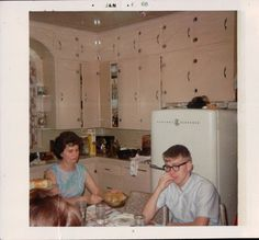 1968. Oh my God, look at those cupboard door handles! Look at that kitchen! I am plotzing!