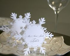 place card with snowflakes | Snowflake Place Cards (folded style)