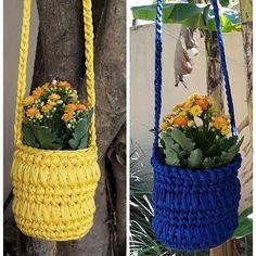 Simplesmente lindo! Feito por @edilenenatale ❤️parabéns! . . #Trapilho #fiosdemalha #fiodemalha #crochetaddict #handmade #handmadewithlove #totora #alfombra #shirtyarn #feitocomamor #decor #knit #knitting #rugs #croche #crochet #artecomfiosdemalha #artesanato #feitoamao #vendofiosdemalha #organizadores #fiosecologicos #quartodemenina #cestofiodemalha #fiosdemalha #feitoamao