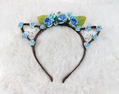 Hey, I found this really awesome Etsy listing at https://www.etsy.com/listing/262567251/sky-blue-floral-lace-cat-ears-flower