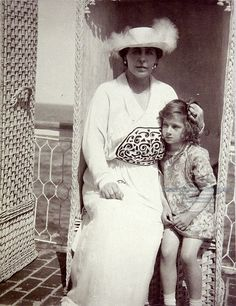Queen Marie of Romania and Princess Ileana of Romania