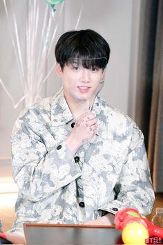 Jung Hyun, Jung Kook, Maknae Of Bts, Bts Jungkook, Bangtan Twitter, Rapper, Run Bts, Jeon Jeongguk, Vmin