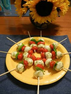 Shelly's Caprese Skewers #healthy #recipes #Italian #Sicilian #lowcarb #party