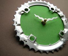 1-by-liz-four-leaf-recycled-bike-clock