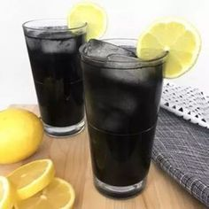 Very Powerful Black Lemonade Recipe For Cleansing And Body Detox But You Must Be Very Careful When Consuming It - Happy and Healthy Living Detox Drinks, Healthy Drinks, Tea Cocktails, Healthy Tips, Healthy Food, Black Lemonade Recipe, Sumo Natural, Bebidas Detox, Juice Of One Lemon