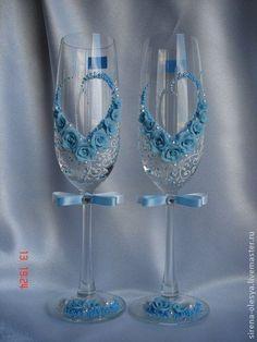свадебные бокалы `Сердечко` в голубом.. Очень нежные свадебные бокалы с сердечком в голубом исполнении. Для детального рассмотрения увеличивайте фотографии.: