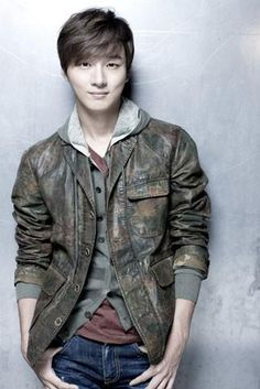 Yoon Shi Yoon --- Japanese Official