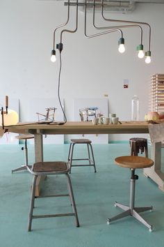 Méchant Design: lamps and chairs... : Cool offices, inspiring workspace, interior design at work, office decor