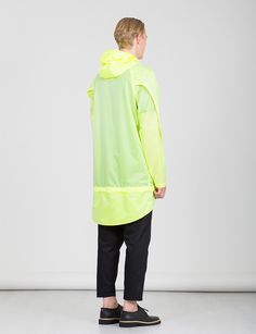 P E Bunveiled its Spring/Summer 2015collection,featuring minimal and sophisticated designs. The brand combines the expert quality of Made in Italy, where the whole production cycle takes place, an evolution driven streetwear with a strong detailed study on materials... »