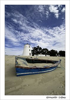 The mill and the boat - Barreiro, Setubal Portugal