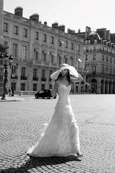 Cymbeline wedding dress and gorgeous sun hat