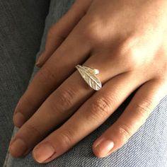 spring-pearl-ring Leaf Ring, Silver Rings, Pearls, Spring, Beads, Pearl, Pearl Beads, Gemstones