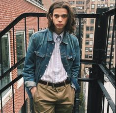 Punk Fashion, Fashion Models, Fashion Outfits, Men Fashion Photoshoot, Erin Mommsen, Boys Long Hairstyles, Casual Hairstyles, Pose Reference Photo, Lucky Blue Smith
