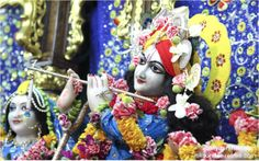 To view Gopinath Close Up Wallpaper of ISKCON Chowpatty in difference sizes visit - http://harekrishnawallpapers.com/sri-gopinath-close-up-wallpaper-002/