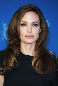 Angelina Jolie- Hair