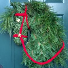 Horse Head Wreath made of Christmas greenery horse by HorseWreaths