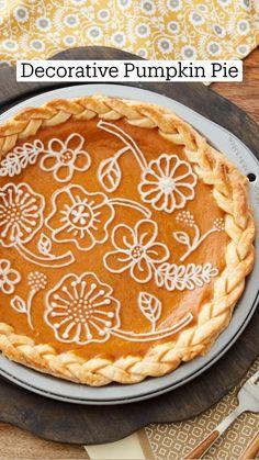 Pumpkin Recipes, Fall Recipes, Sweet Recipes, Wilton Cake Decorating, Seasonal Food, Desert Recipes, Yummy Cakes, Fun Desserts, No Bake Cake