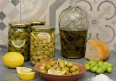 Κάνατε αναζήτηση για ελιες τσακιστες   Argiro.gr Hors D'oeuvres, Canapes, Pickles, Cucumber, Dips, Fruit, Recipes, Food, Sauces