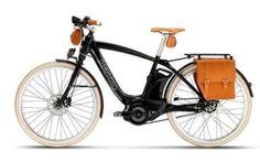 piaggio reveals electric motor assisted wi-bike at EICMA 2015 Vespa Bike, E Bicycle, Moto Guzzi, Scooters, Eletric Bike, Motorcycle Icon, Vintage Moped, Italian Scooter, Bike News