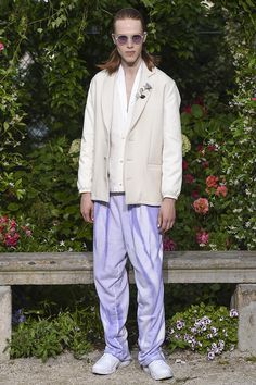 Pigalle presented its Spring/Summer 2017 collection during Paris Fashion Week. Vogue Paris, Pigalle Paris, Fashion Show, Mens Fashion, Paris Fashion, Dapper, Outfit Of The Day, Street Wear, Menswear