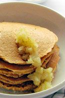 Healthy January post workout breakfast: Muesli Pancakes with cinnamon apples. amazing with some yoghut on the side Post Workout Breakfast, Muesli, Cinnamon Apples, Breakfast Recipes, Pancakes, January, Healthy Recipes, King, Amazing