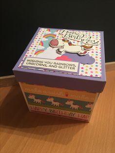 Birthday Unicorn Explosion Box handmade by Tatjanakreativ - www.tatjanakreativ.at oder www.facebook.com/tatjanakreativ Diy And Crafts, Decorative Boxes, Glitter, Rainbow, Facebook, Birthday, Handmade, Exploding Boxes, Creativity