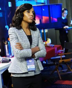 The 15 Best Fashion Moments from Scandal Season 5 - Episode 15: Alexander McQueen Jacket from InStyle.com