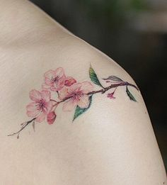 Tattooist Muha flower tattoo