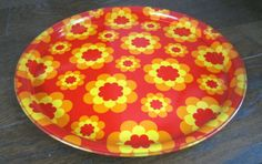 Gorgeous vintage French 70s flowered TRAY
