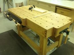 Workbench #3 -- Roubo - by Jeff Tobert @ LumberJocks.com ~ woodworking community
