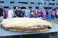 Big burger   Duluth News Tribune   Duluth, Minnesota