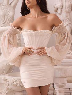 Satin Dresses, Elegant Dresses, Pretty Dresses, Beautiful Dresses, Corset Dresses, Corset Tops, White Satin Dress, Gowns, Glamouröse Outfits