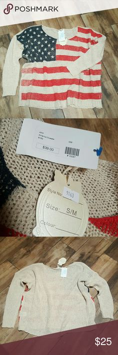 NWT America sweater NEW Boutique Oversized knit sweater. Says S/M but could also fit a Large. Sweaters Crew & Scoop Necks
