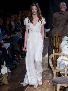 Leila Hafzi: Eco-Haute Couture Bridal