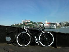 Pic taken on may way to work. This is my old Širer bike with Sachs equipment, got new paint job, wheels and drive-train