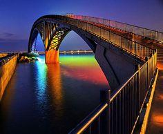 Ponte arco-íris - Penghu, em Taiwan.