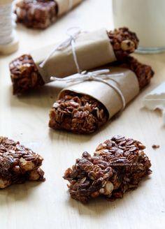 Barres de céréales chocolat - noisettes - amandes                                                                                                                                                                                 Plus