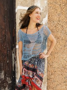 Knitting pattern for Shipwrecked Top pattern by Alexandra Tavel. Easy pattern using drop stitch. Great for beach cover up. Etsy affiliate link