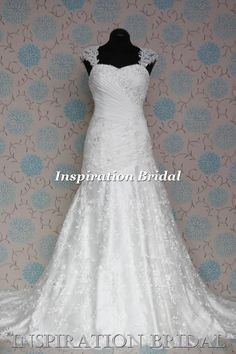 1535  A-line lace wedding dress and sweetheart neckline full cover back