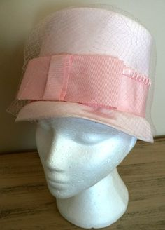 TOP HAT PINK Pretty Bow front lovely Vintage . a2c36e5ff42