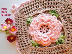 \ ROSA ROSE UNCINETTO /: Manipolare POT quadrato con fiore rosso