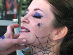http://www.todosobrehalloween.com/en-halloween-hechizalos-con-tu-disfraz-de-bruja/