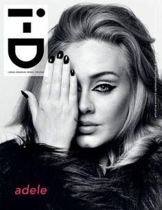 Destruidora!Adele voltou a estampar as capas das revistas por lançar um novo álbum após 4 anos de pausa. . E! Online Brasil