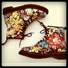 Floral Dr Martens  I just have to have these!!